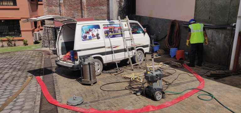 water tank cleaning service - clean services