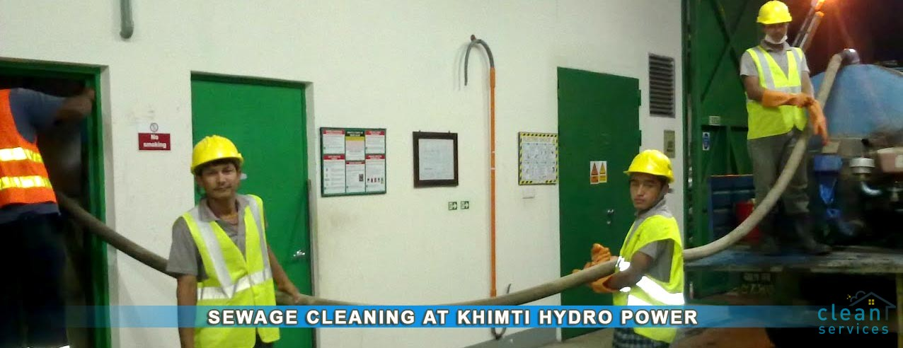 Cleaning Safety tank at Khimti hydro-power station